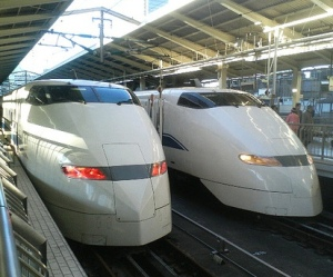 high-speed-train-trains-japan
